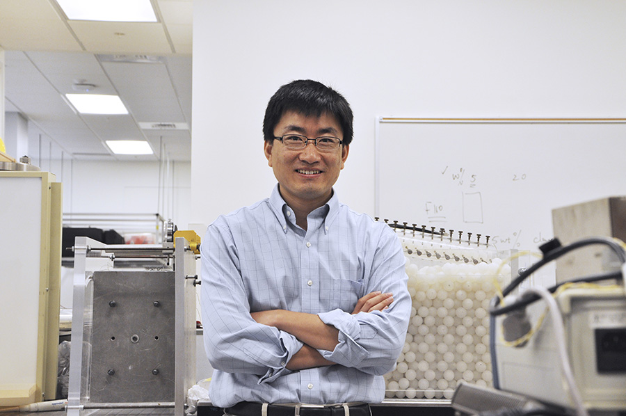 Assistant Professor Sheng Dai in his lab. (Photo: Jess Hunt-Ralston)