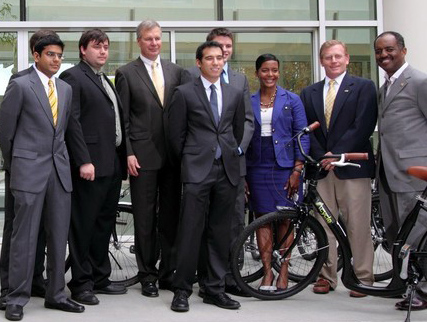 ViaCycle founders with GT President Peterson at the campus launch held Nov. 15.